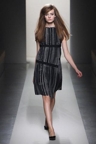 Šaty dámské podzim-zima 2011