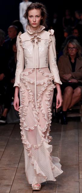 jaro 2016 šaty Alexander McQueen